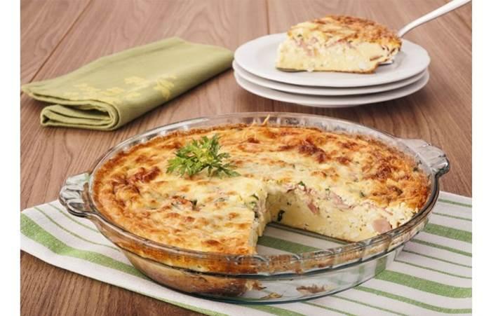 Omelete de queijo e bacon no forno