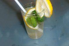 Bebida Refrescante para Alisar barriga em 4 dias