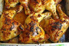 Coxas de frango assadas com chouriço