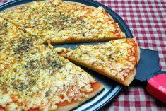 Massa de Pizza com 2 Ingredientes fica divinal