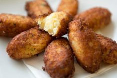 Pastéis de bacalhau à portuguesa