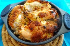 Peitos de frango recheados com alheira e queijo