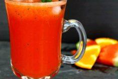Sumo de melancia, laranja e menta