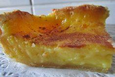 Delicioso pastel doce de açafrão