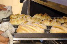 Aprenda a fazer pão com chouriço