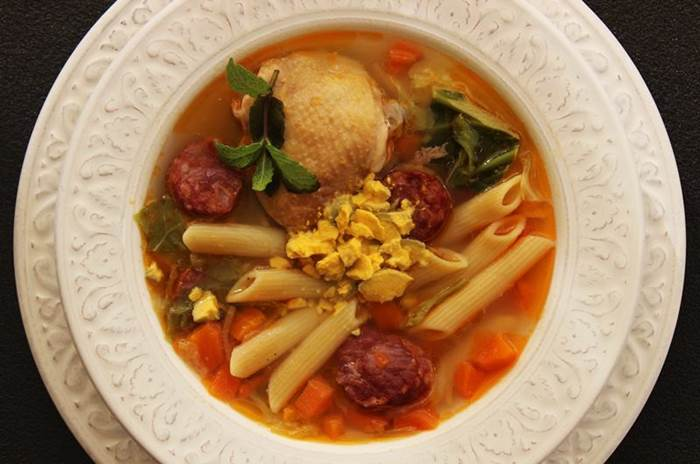 Sopa de Santa Teresinha