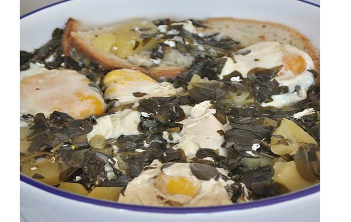 Sopa de Beldroegas à Alentejana
