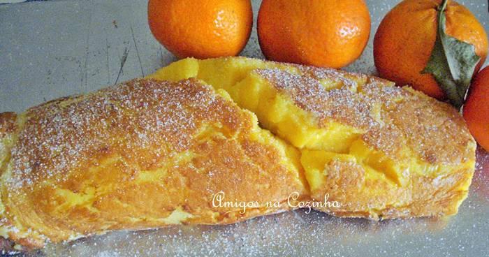 Torta de laranja é uma torta que fica muito grande e bastante saborosa.