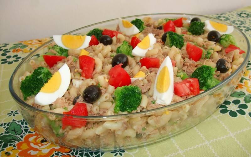 Salada de Cotovelinhos com Atum